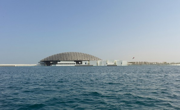 2.-louvre-abu-dhabi-exterior-view-c-louvre-abu-dhabi-photography-roland-halbe